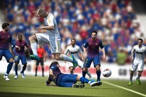 FIFA vs PES: история противостояния